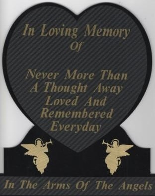 Memorial plaque inlarge heart style, black with gold lettering